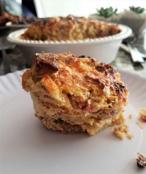 Budín de pan con tocino o queso/ Bacon and cheese bread pudding