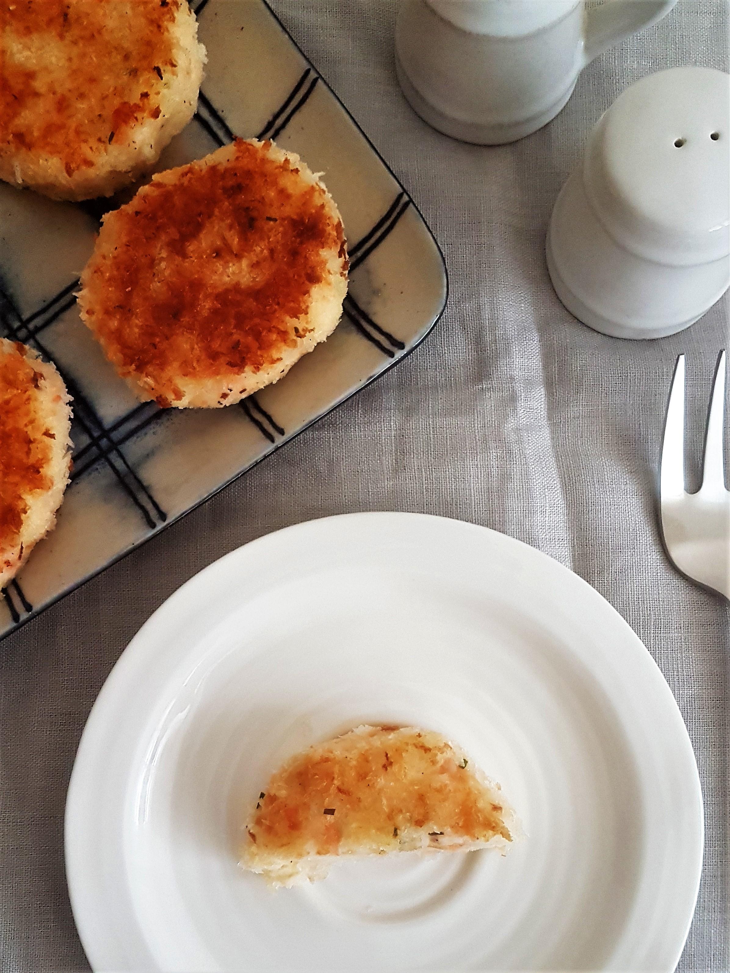 Croquetas de papa con salmón ahumado (4).jpg