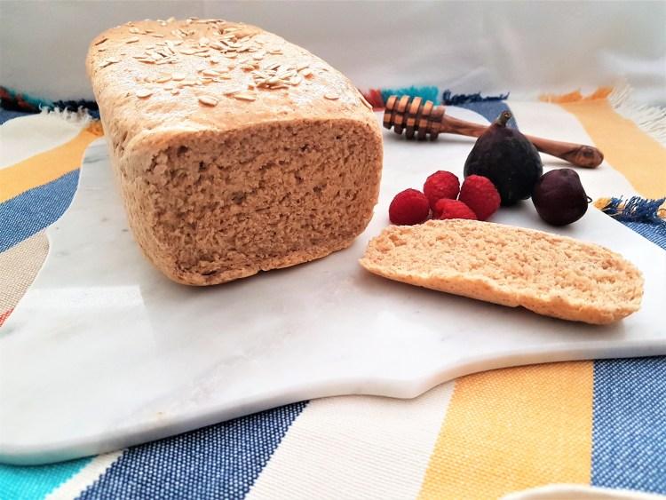Pan integral de avena y miel