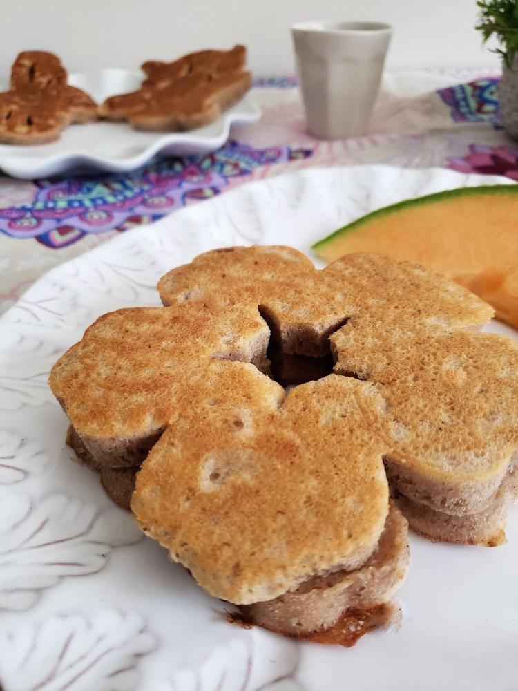 Hotcakes de nuez con mantequilla quemada