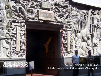 Goa Batu yang berisi ukiran kisah perjalanan Laksamana Cheng Ho