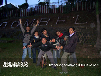 Tim Serang Semarang di Bukit Gombel