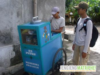 Penjual Es Puter