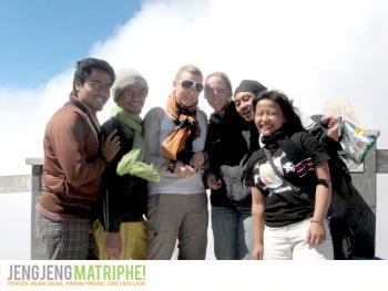 Bersama wisatawati asal Jerman