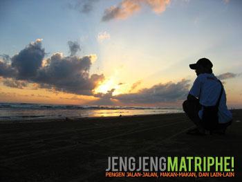 Subuh di Pantai Lombang