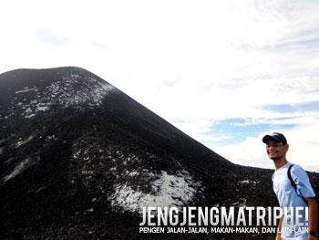 Di puncak Anak Krakatau