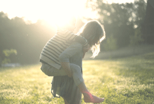 5 Ways to Bless a Single Mom (or Widow)