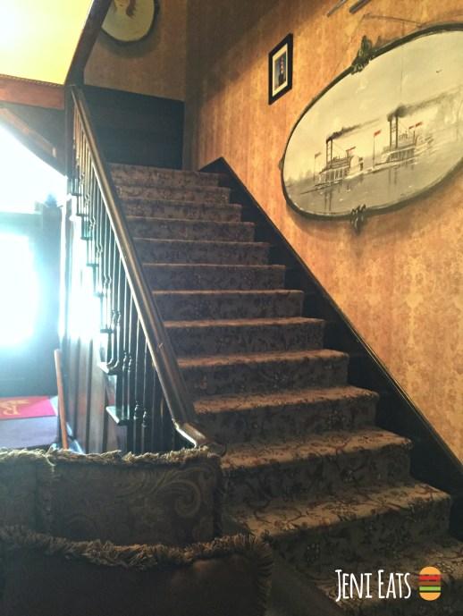 Ruebel hotel lobby