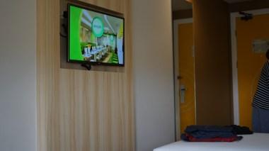Tv dan kamar