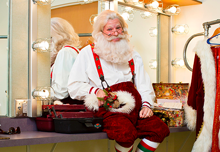 Life Lessons: Caleb Sigmon, Charlotte's 24-Year-Old Santa Claus