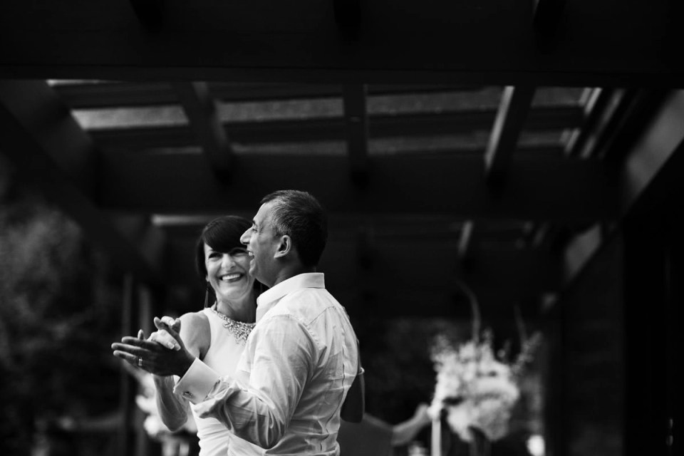 Private Residence Wedding On Salt Spring Island With Eileen Kaush