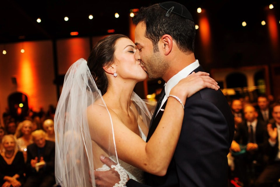 York Mills Gallery Wedding In North York With Stacey Elliot