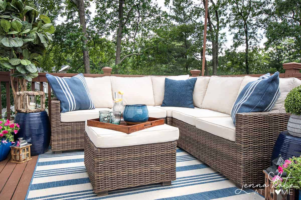 Decorating Ideas For a Small Deck: Tips For Creating A ... on Small Back Deck Decorating Ideas id=55021