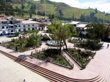 plaza-de-armas-de-santiago-de-chuco-1