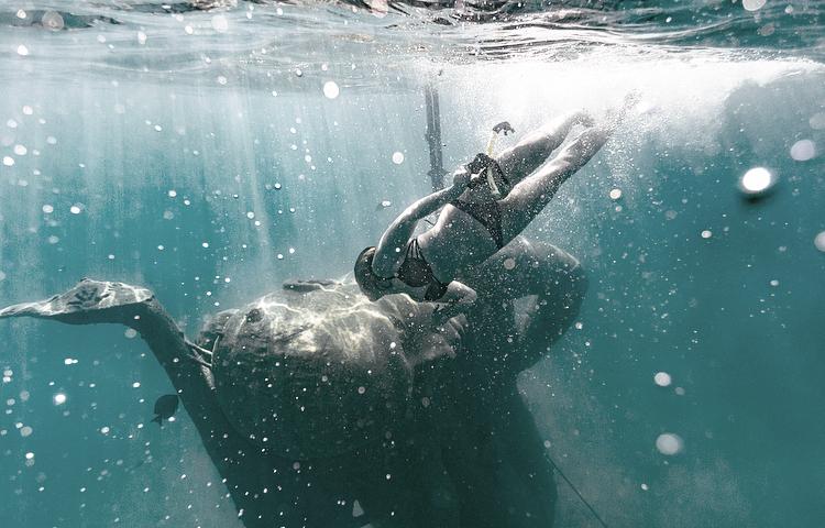 underwater statues