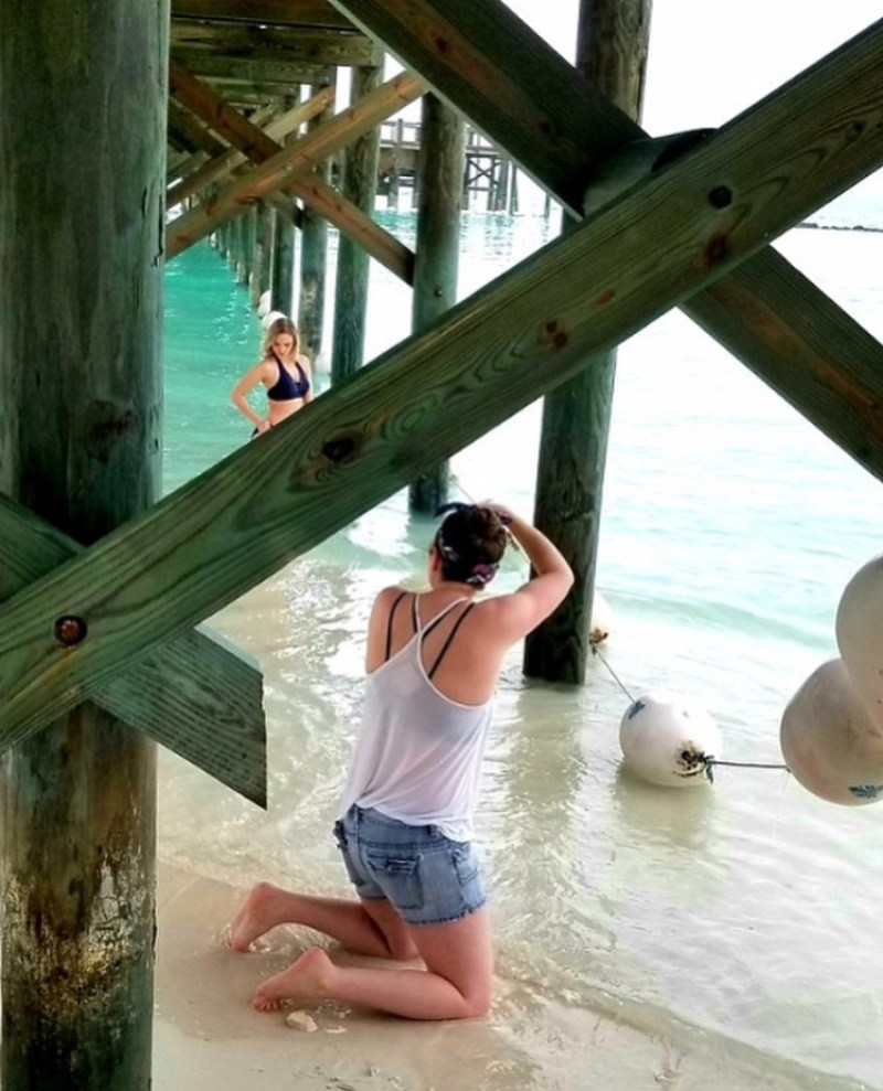 Bahamas - Jenna Martin & Cheyenne Buyert