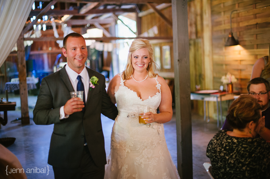 Michigan-Barn-Wedding-1094