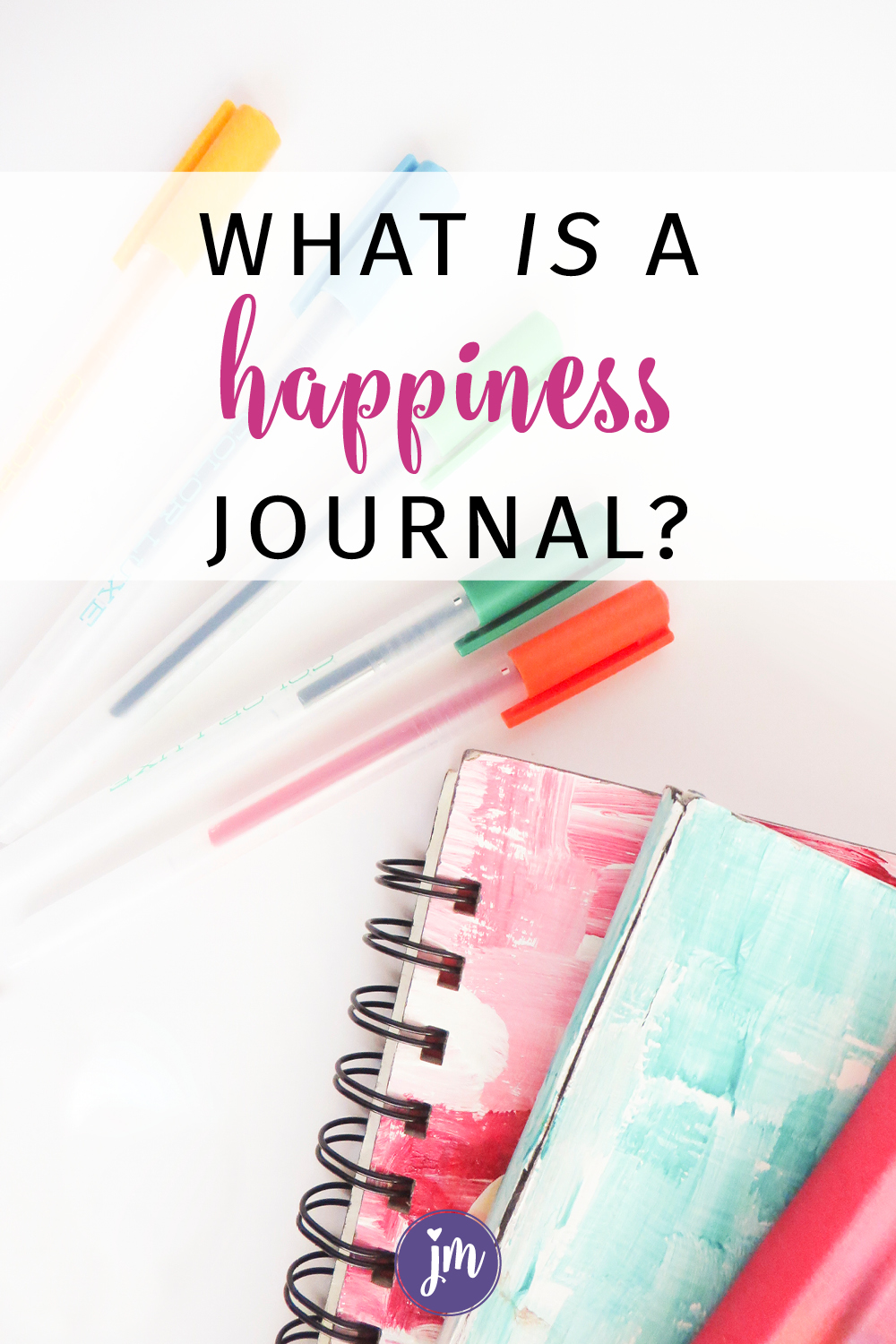 What is a happiness journal anyway? Learn how to start your own happy journal and keep track of the good in your life. This has been sooo good for me. I'm so glad I started a happy journal! This article also includes a free printable to help you get started. #happinessjournal #howtostartahappinessjournal #happyjournal