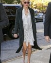 November_13_-_Arriving_back_at_her_hotel_in_New_York_281929.JPG