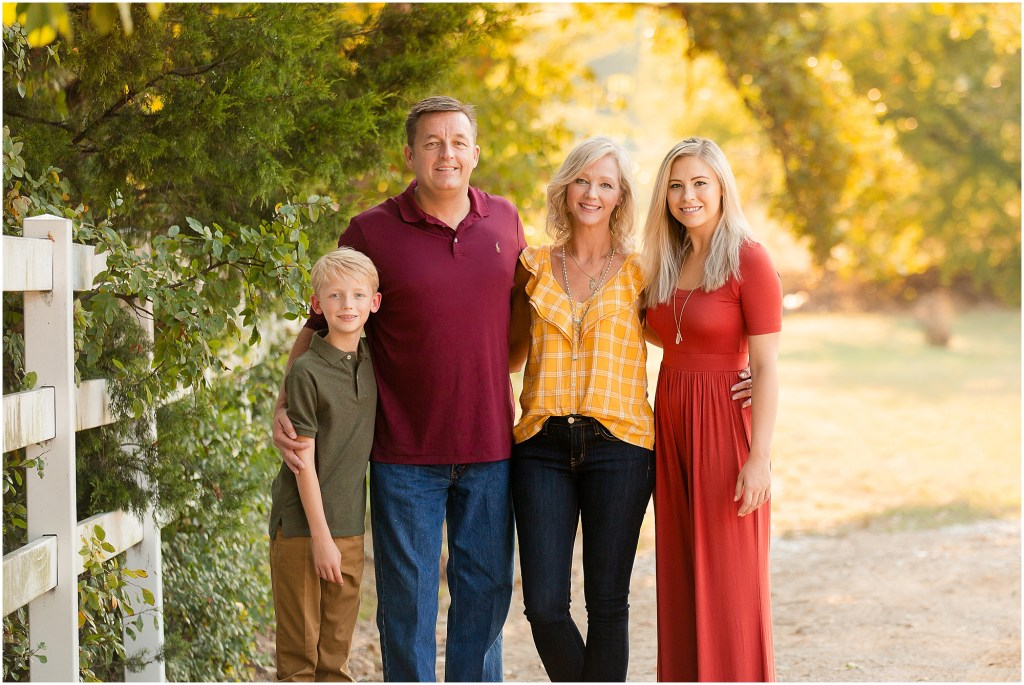 What to wear for photos, family of four, fall portraits, Dallas photographer