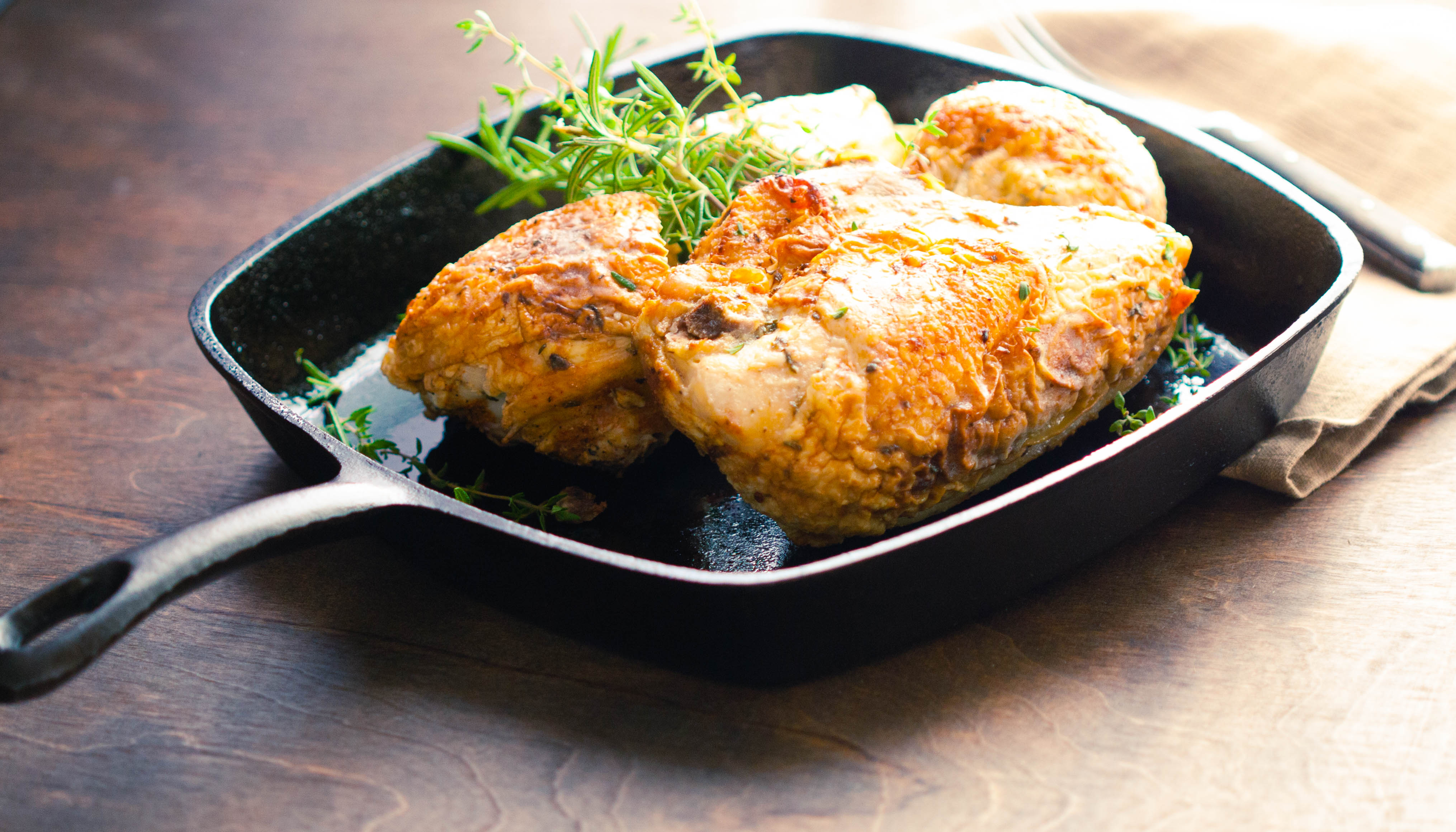 Pan grilled chicken with herbs recipe
