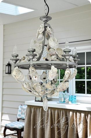 Cool beach house decorating ideas from jenniferdecorates.com