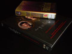 Library Haul & Reading List 09/30/16