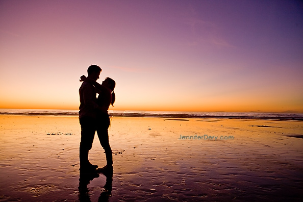 Torrey Pines Beach Engagement Shoot at Sunset – Stacy & Jeff