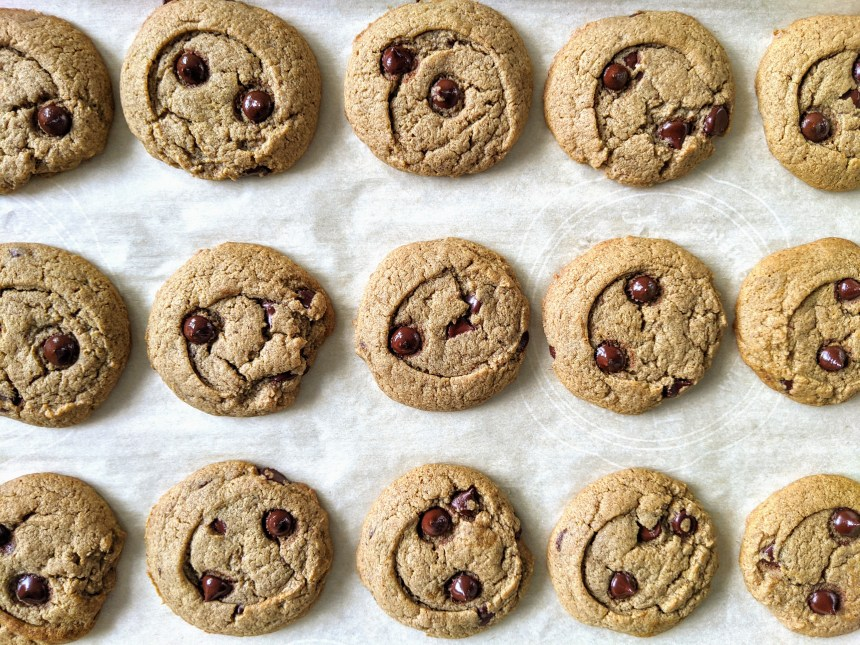 tiger nut chocolate chip cookies