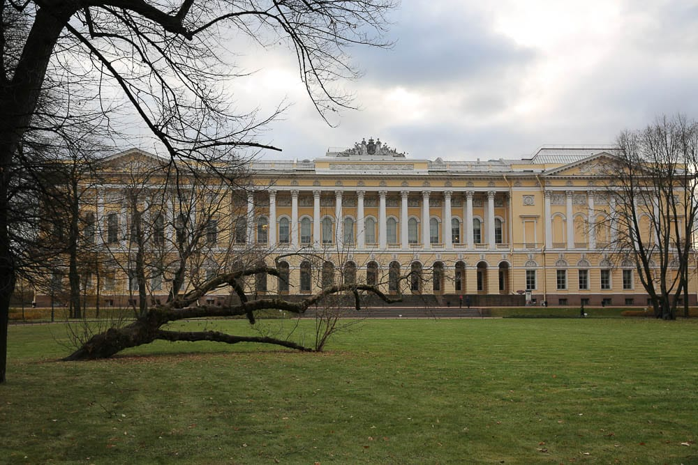 St. Petersburg center is full of stately classical buildings such as the Mikhailovsky Castle, which today houses the Russian Museum.
