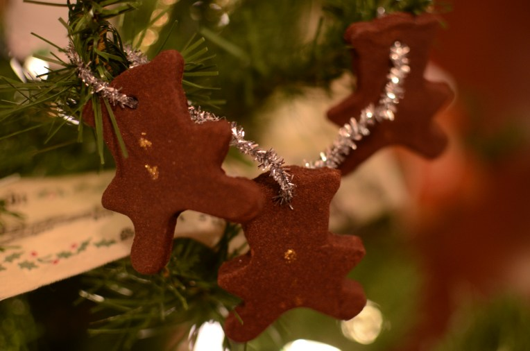 Easy and Fun Teddy Bear Gingerbread Ornament String
