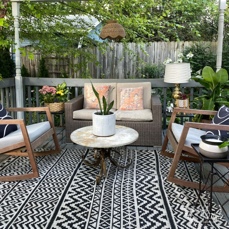 black and white outdoor rug