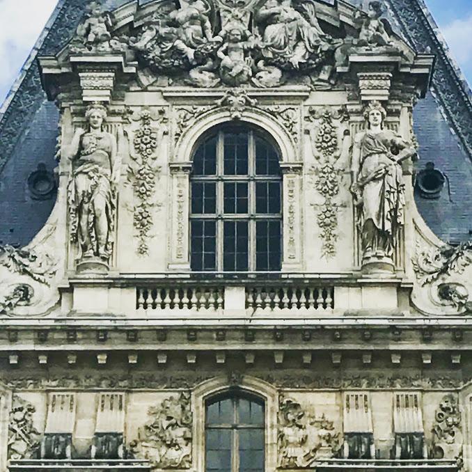 Louvre archetecture