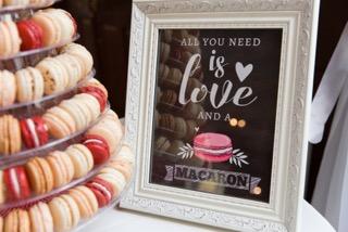 pure love macaron cake stand