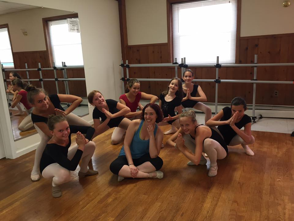 Rhythm and Arts - Mary and class