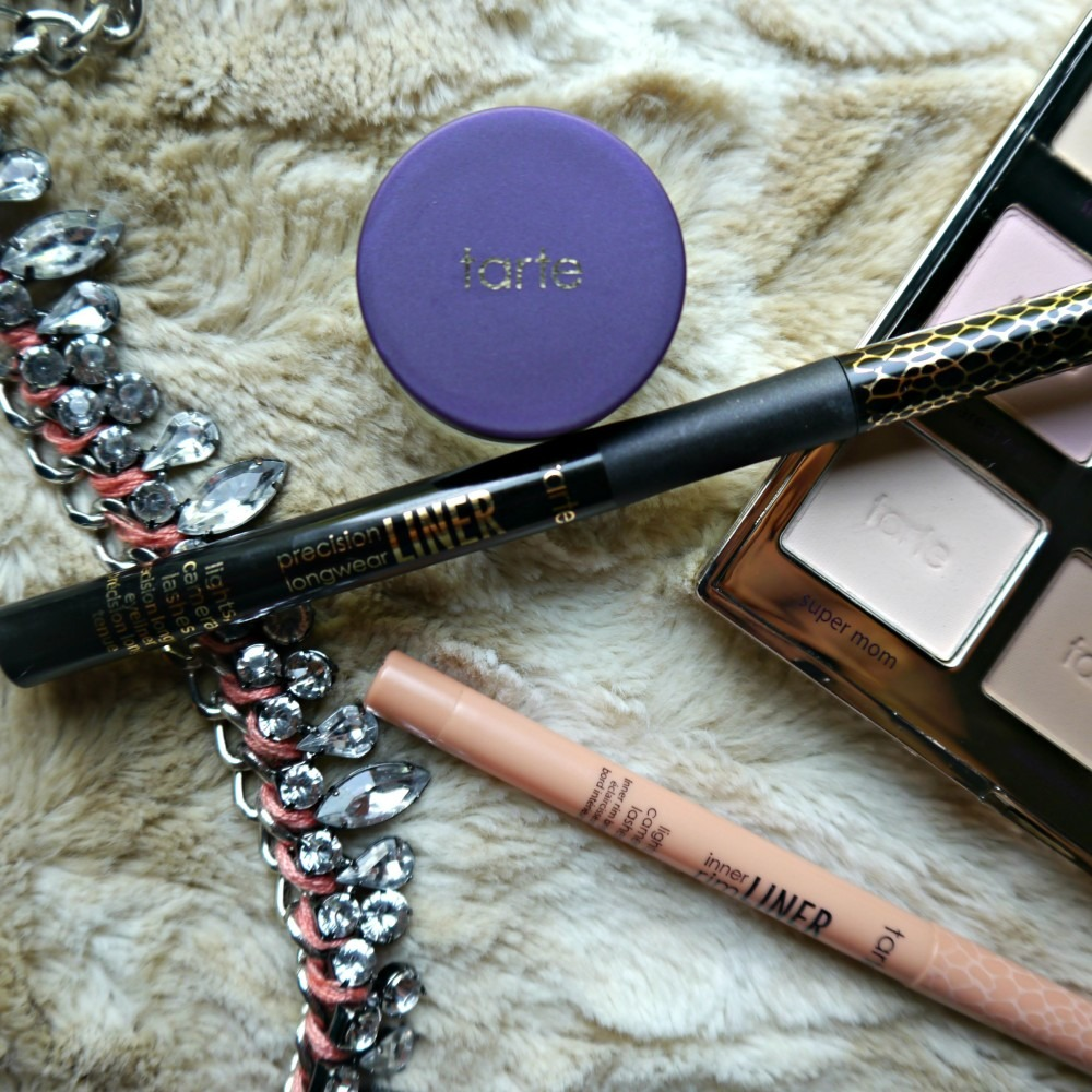 Winged Liner with Tarte