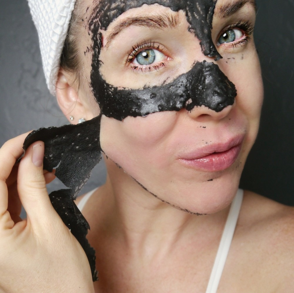 DIY Peel Off Activated Charcoal Mask