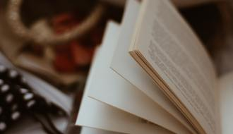 How To Become a Book Reviewer