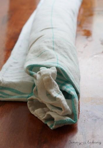 sponge roll cooling off
