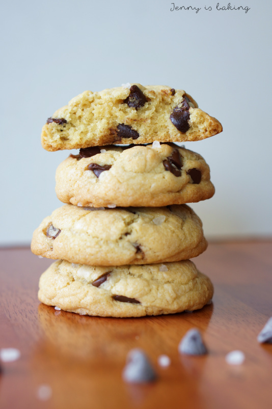 chocolate chip cookie with brown butter and sea salt