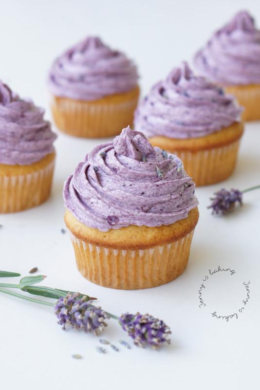 Lavendel-Cupcakes