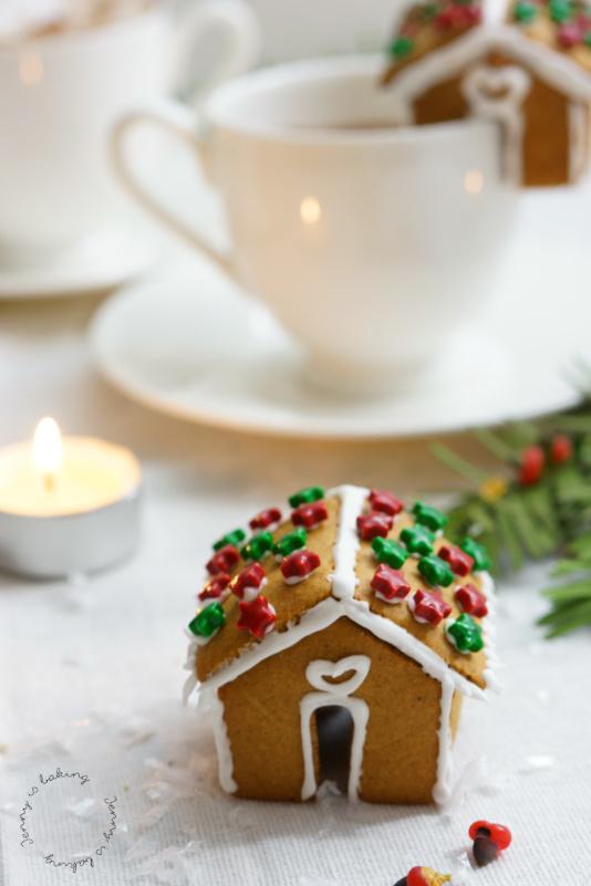 Die allersüßesten Mini-Lebkuchenhäuser