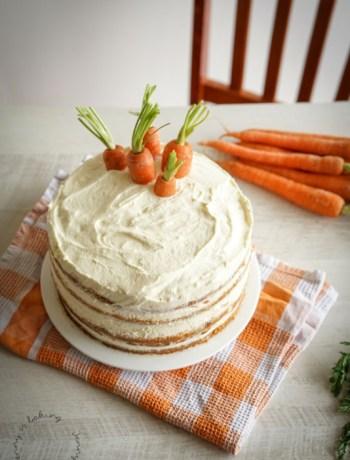 Amerikanischer Carrot-Cake mit Frischkäse-Creme