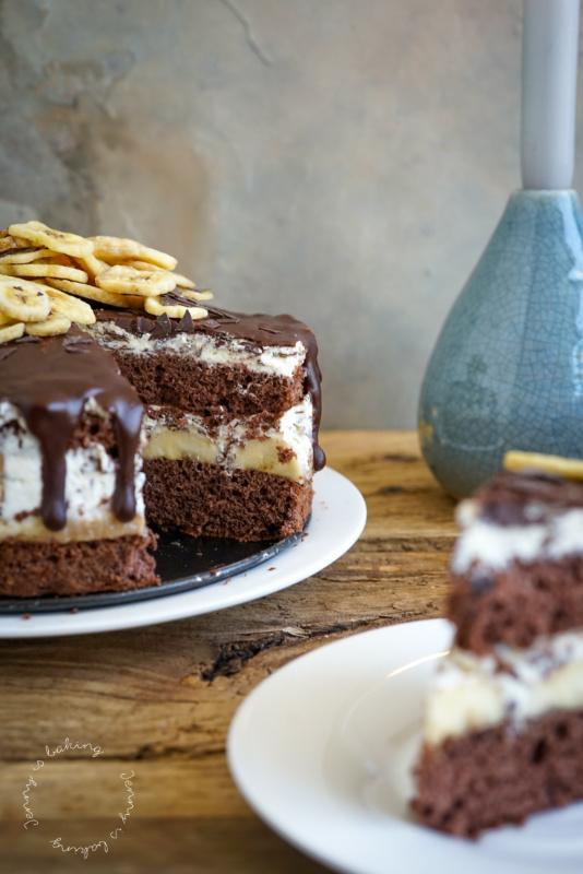 Schoko-Bananen-Torte mit Biskuit