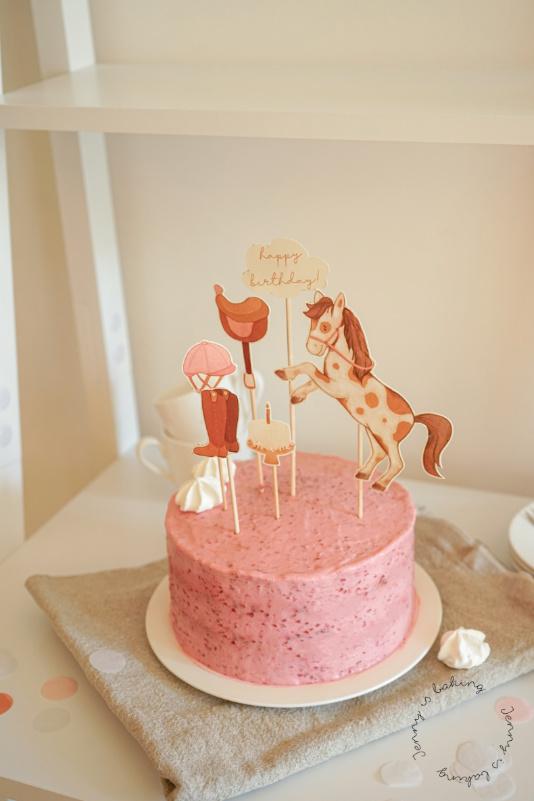 Pinke Torten mit Pferde-Toppern