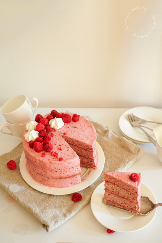 Pinke Geburtstagstorte