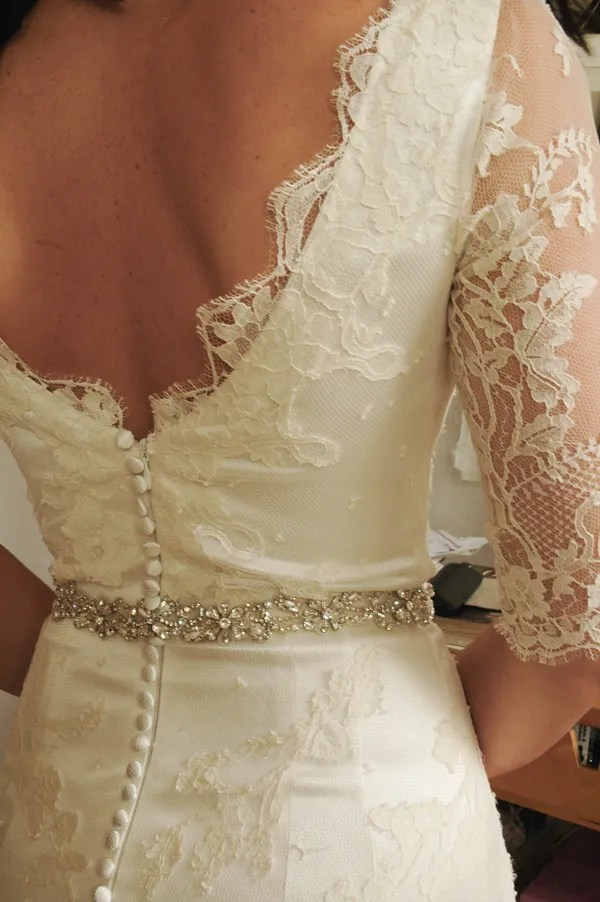 back-detail-lace-wedding-dress-vintage-style