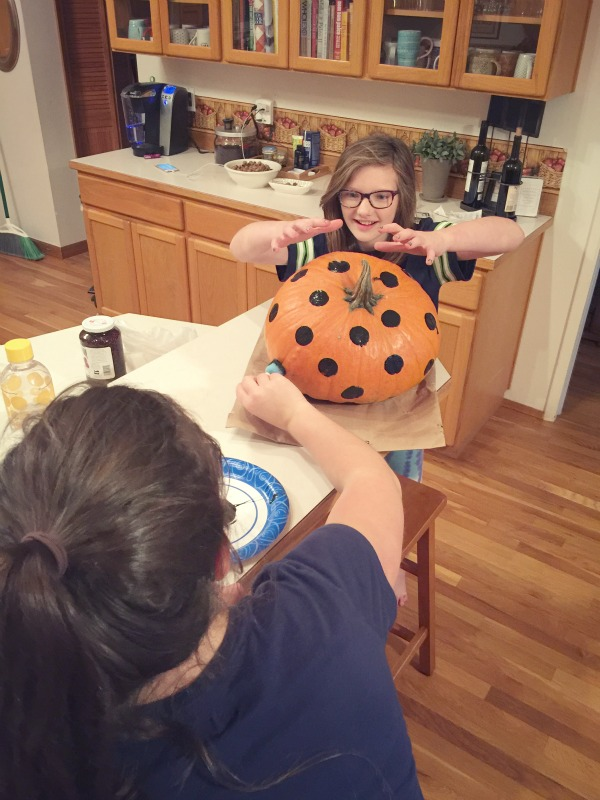 polka dot pumpkin via @jennyonthespot