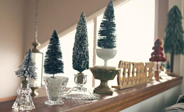 Miniature Christmas Tree Craft via @jennyonthespot