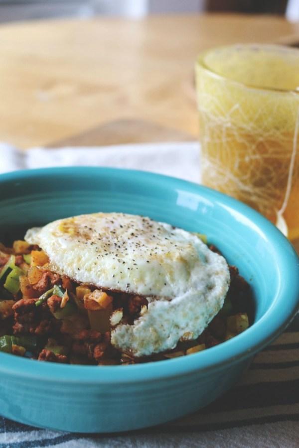 Sweet Potato and Chroizo Hash | WHole30 | Jennyonthespot.com